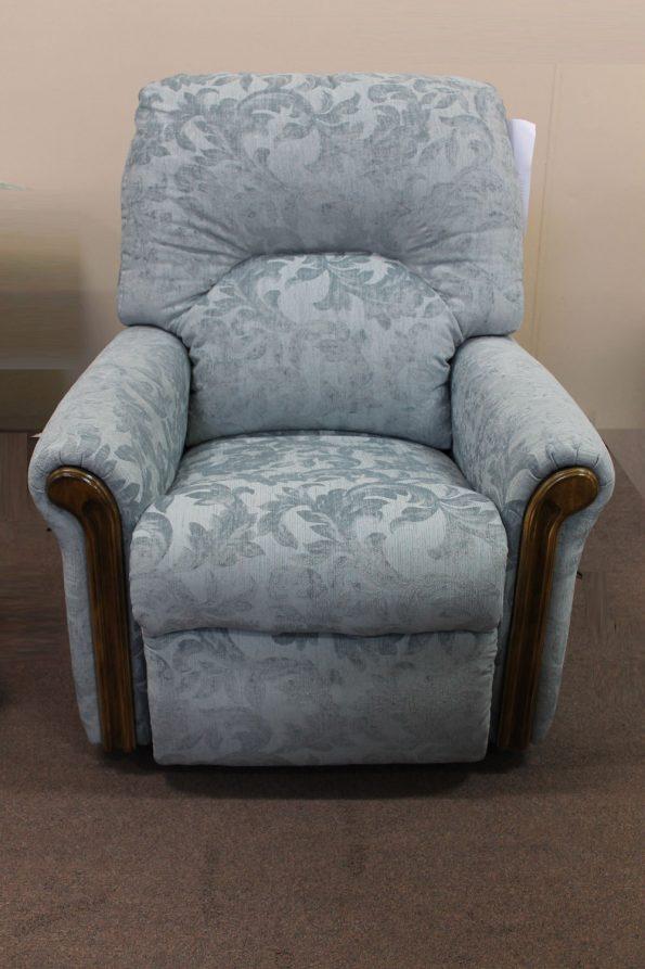 DAMPIER RECLINER-Choose a fabric