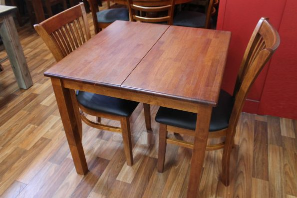 SELLICKS EXTENSION TABLE