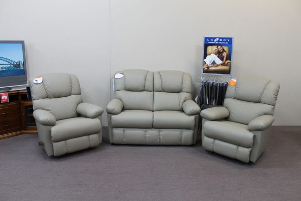 LAZBOY BENNETT LEATHER SUITE