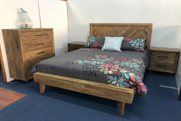PAGET BED