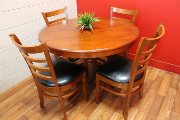 MACLEAN 5 PIECE DINING